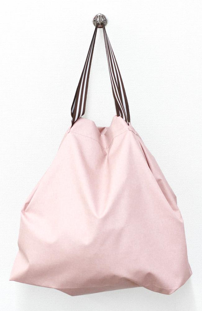 coconi-ココニ- ママの声から生まれたスマートなサブバッグ(ピンク)