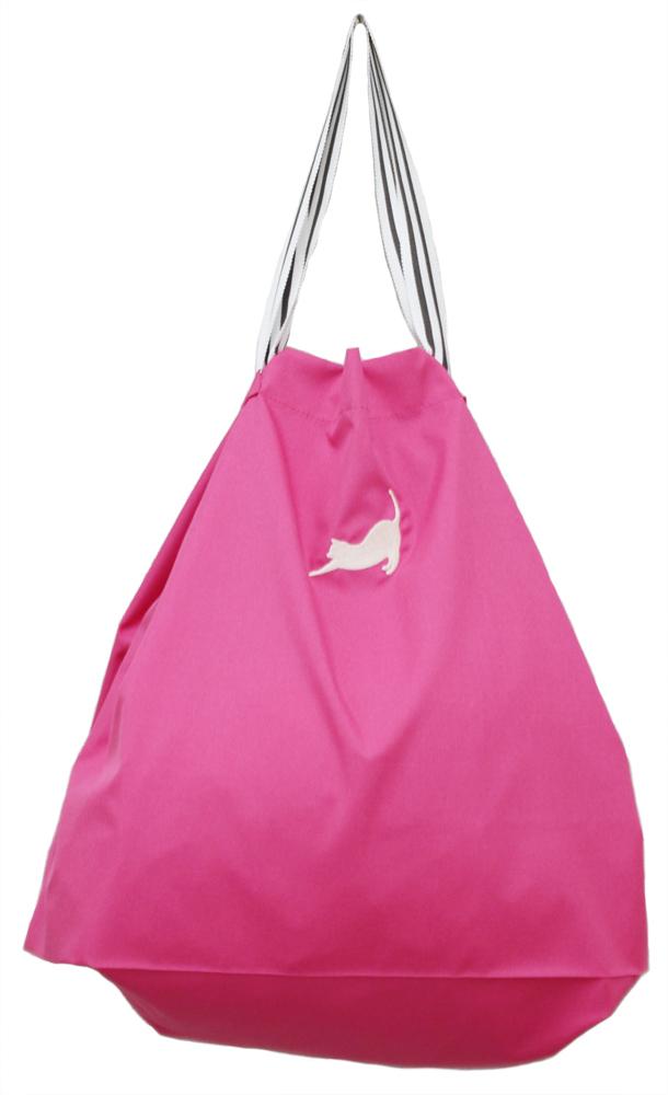 coconi-ココニ- ママの声から生まれたスマートなサブバッグ(猫柄 刺繍/ベリー×ミルク)