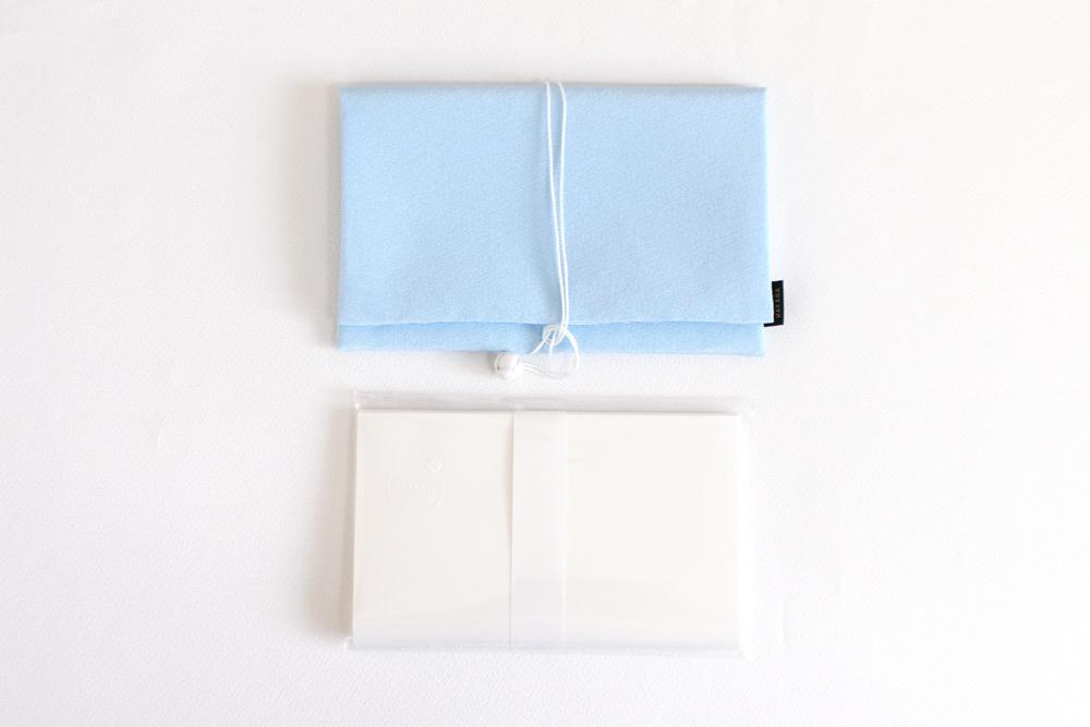 【オリジナル懐紙付き】手元を美しく見せる長浜の絹の懐紙入れ びわこブルー(淡水色)