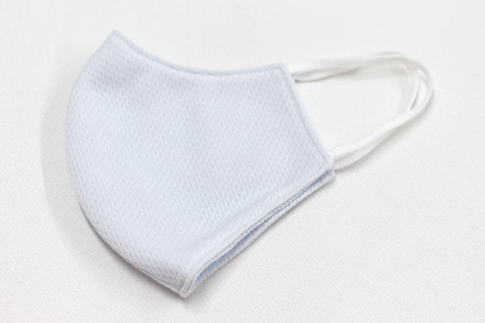 【大人用】メッシュ素材 立体型 マスク 洗える布製 大人用 (ブルー)