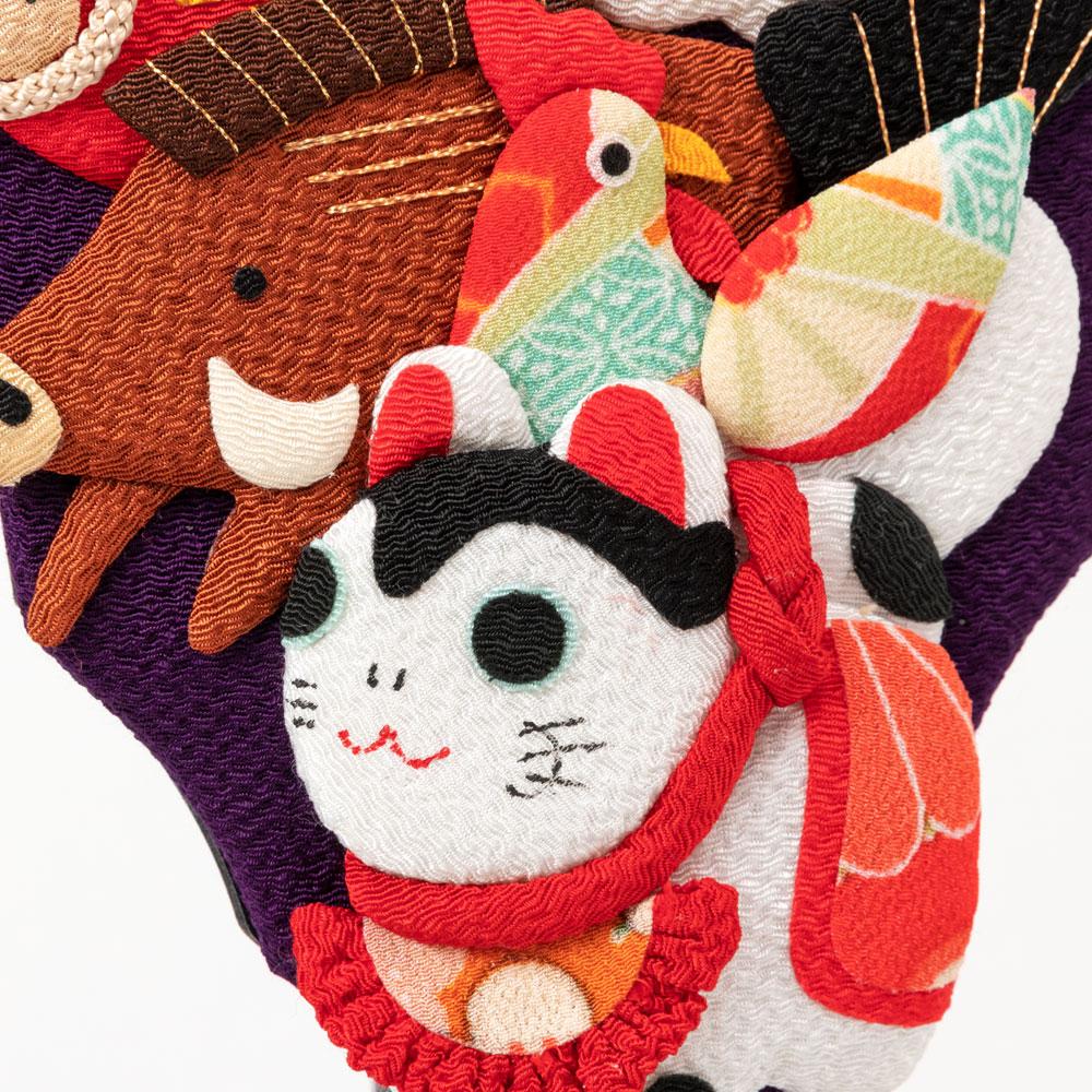 京都夢み屋 十二支羽子板飾り スタンド付き ちりめん細工の正月置き飾り 干支飾り New year decoration of crepe fabric