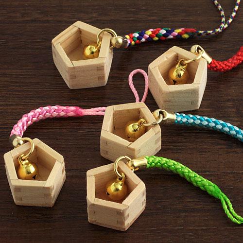 ますや 合格ストラップ・根付(五角形の枡) 岐阜県大垣市の檜製工芸品 ※紐の色はお選びいただけません