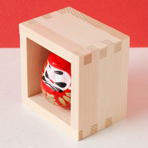 枡だるま ますます縁起の良い置き飾り 五勺枡 Squares and Daruma figurines, Good luck charms of Japan