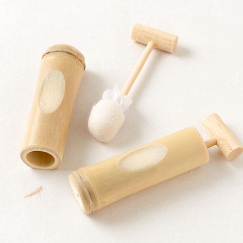 民芸箸置き 竹の水鉄砲 Chopstick rest, Water gun of bamboo