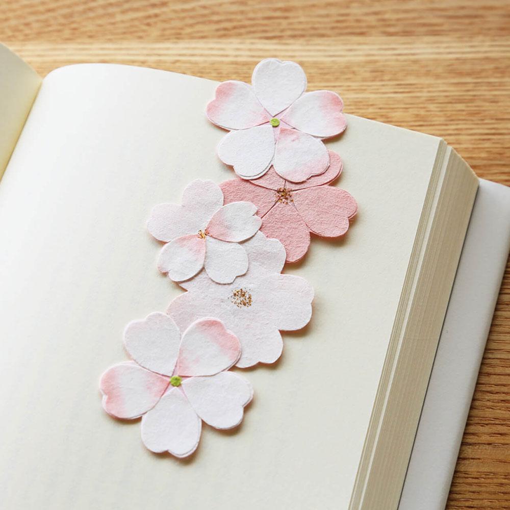 季節のオーナメント さくら 和紙の花 しおり・テーブルウェアにも めでたや Seasonal decoration, Japanese paper ornament