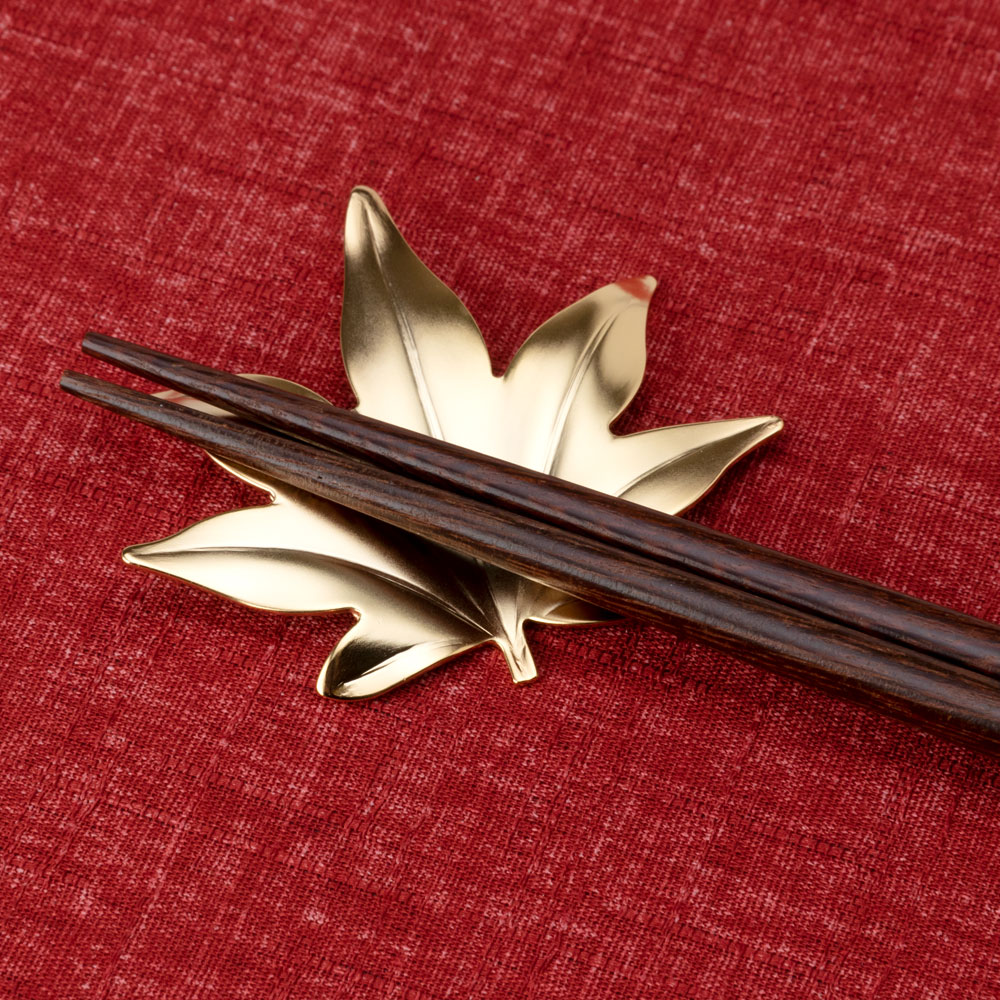 ステンレス箸置き もみじ ゴールド 新潟県の金属製品 Stainless steel chopstick rest