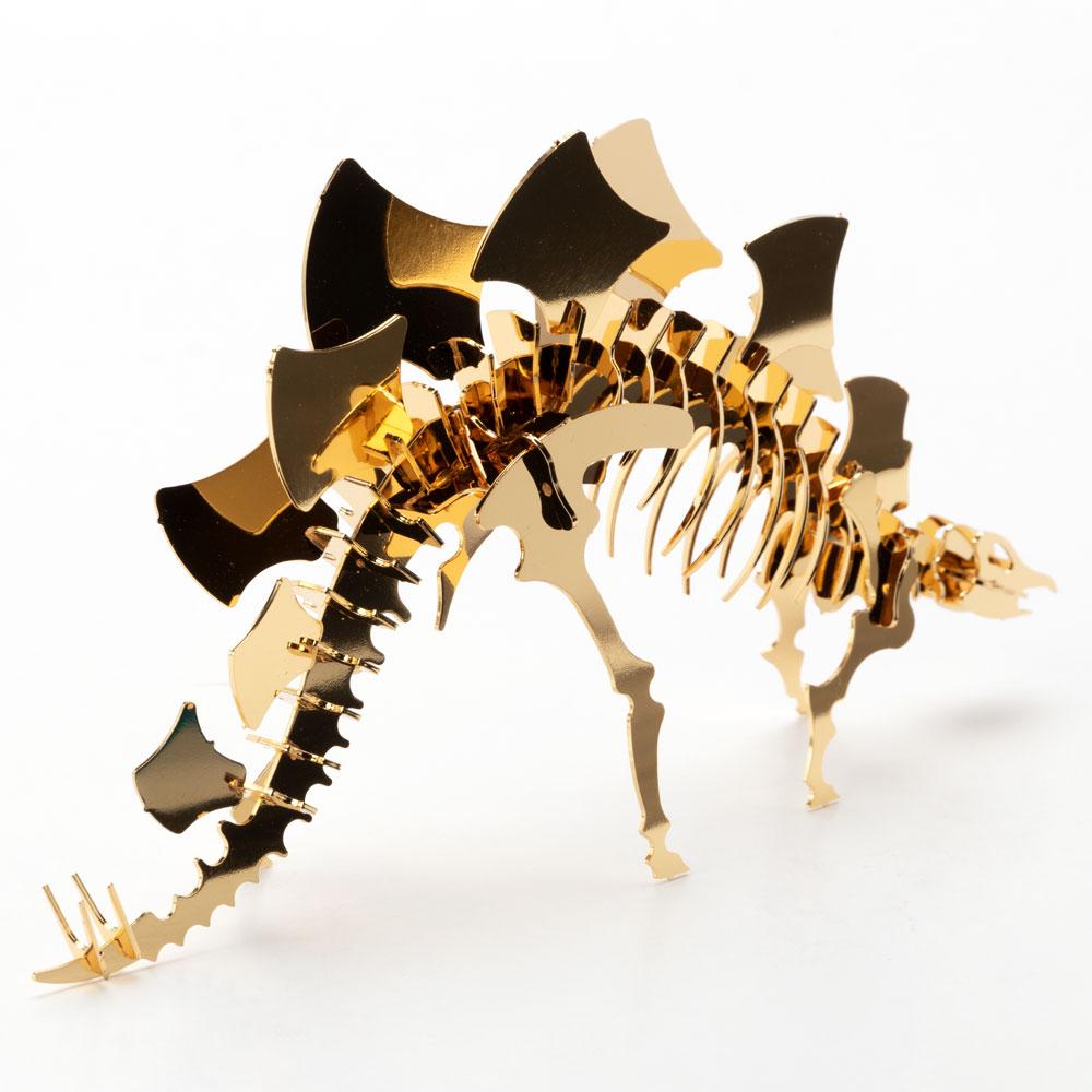 恐竜組み立てキット+飾り台セット ステゴサウルス (Z004) ゴールド仕上げ 金属製の工作キット 対象年齢:12歳以上 Dinosaur model assembly kit