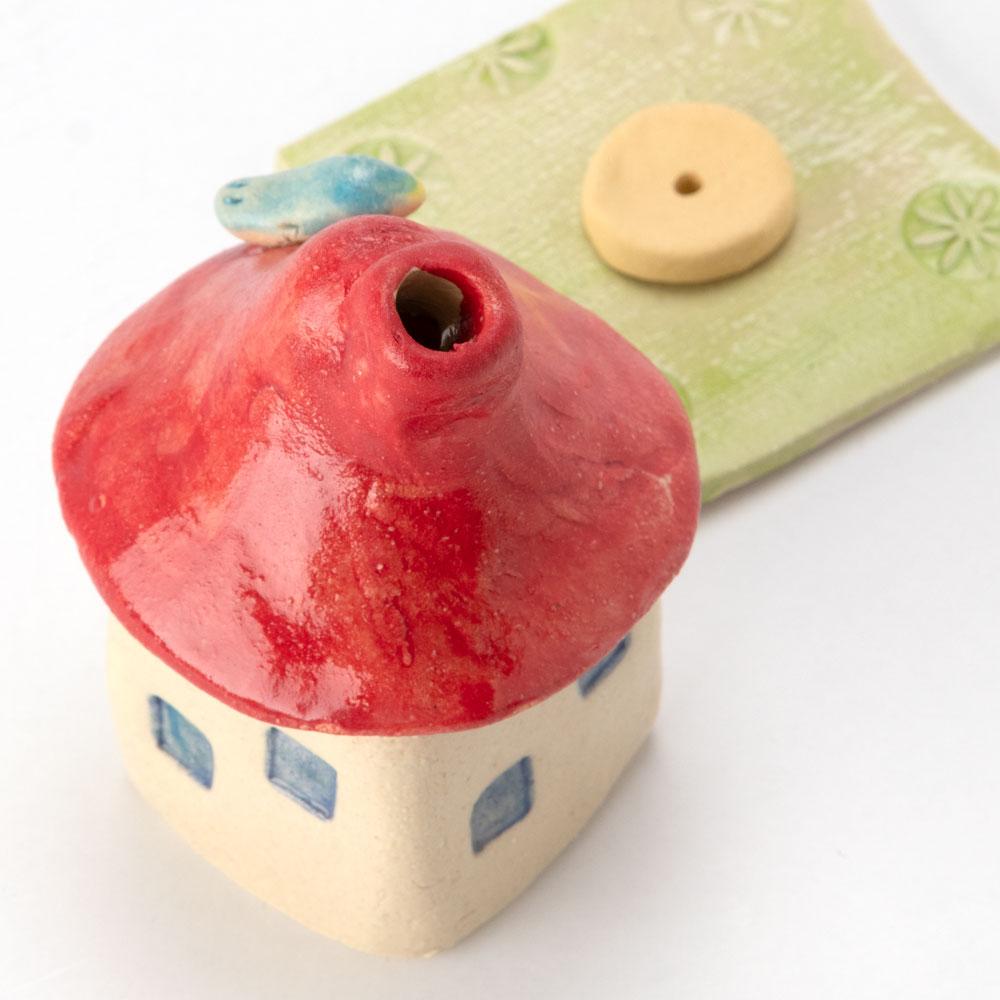 煙突家の香炉・赤 (K4358) 工房SAO 瀬戸焼の香立て・香炉 愛知県の工芸品 Incense burner, Seto-yaki