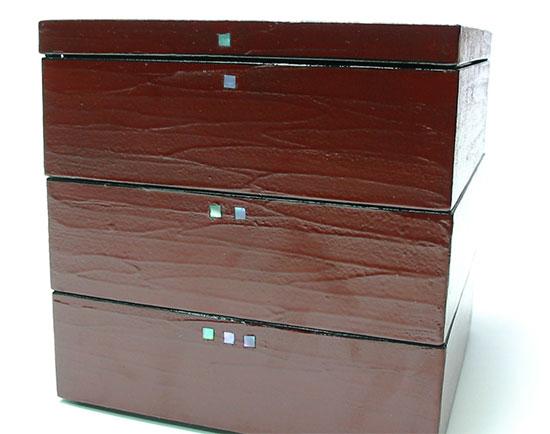 5.0角三段重箱 へら蒔き地 漆塗り重箱 (MA-777)