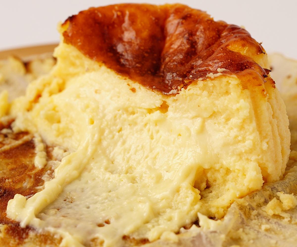 紅屋のバスク 極チーズ  【冷凍商品】