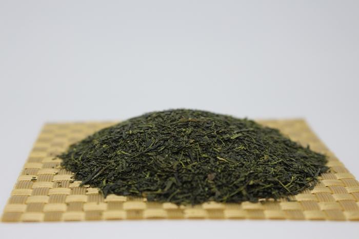 芽茶 寿 (100g)