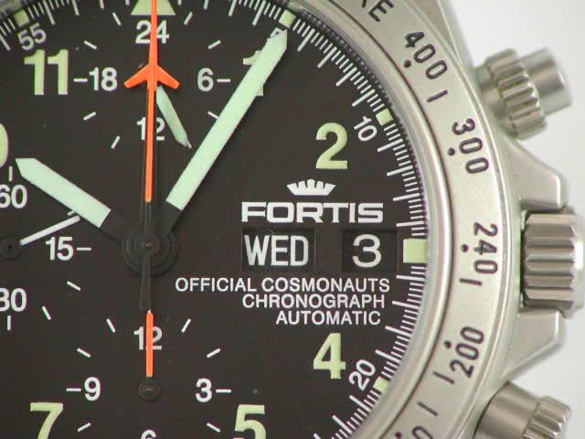 レマニア5100搭載!フォルティス コスモノート クロノグラフ デイ・デイト 602 2211M  新品 Fortis