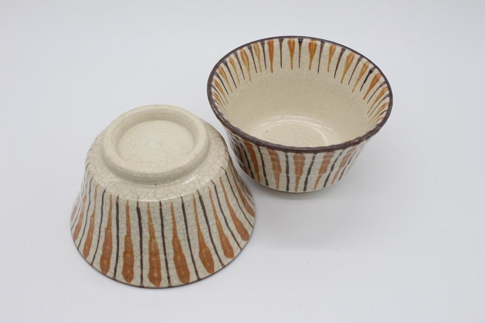 (拝戸窯稲山) 麦藁手平小鉢