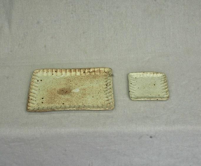 (とみ徳) 長方皿と四角小皿のセット