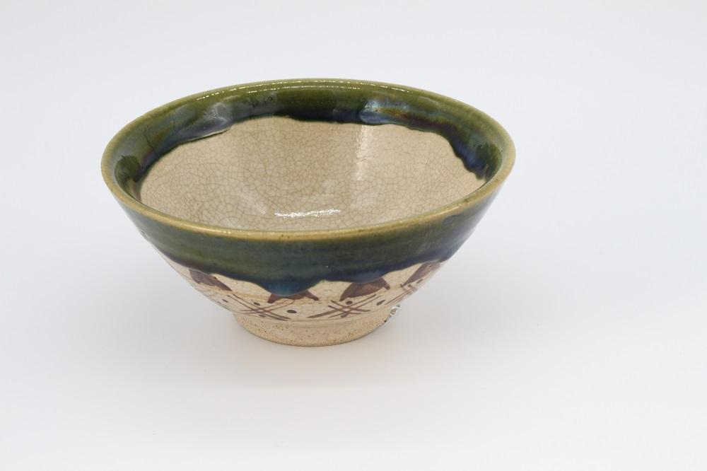 (拝戸窯稲山) 織部茶碗