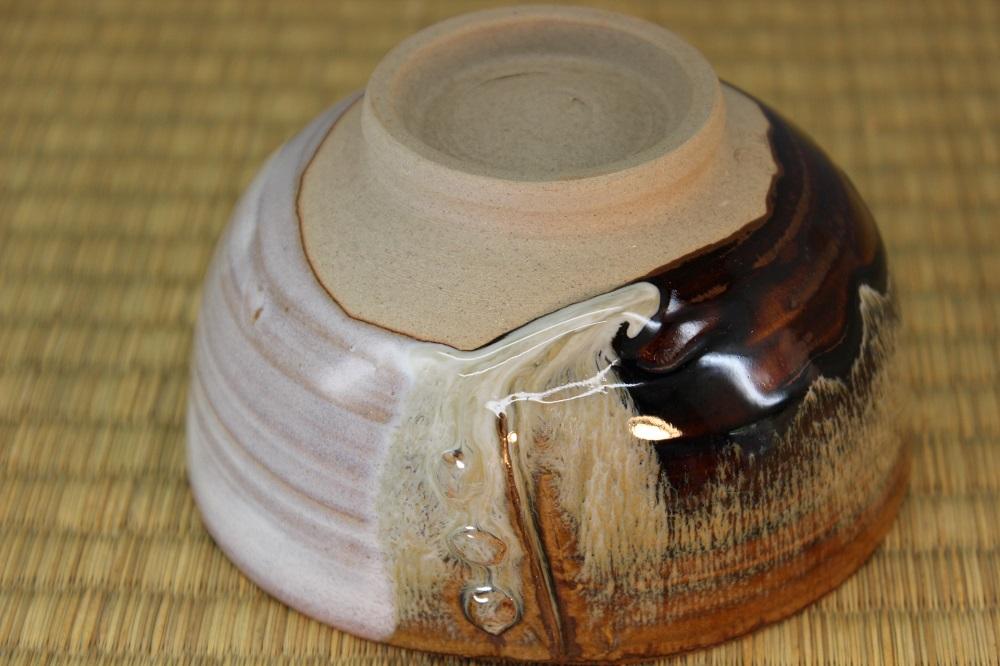 (高取焼 比古窯) 綴目抹茶碗