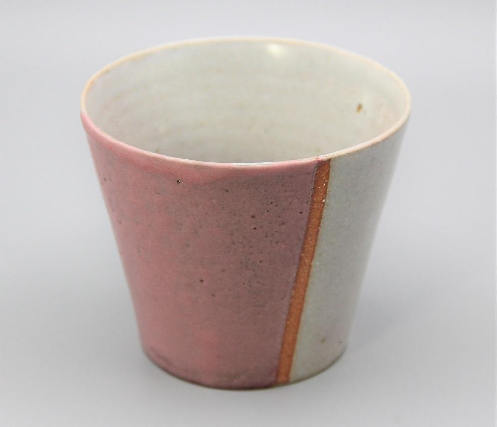 (不毅窯)桃色掛け分けフリ−カップ