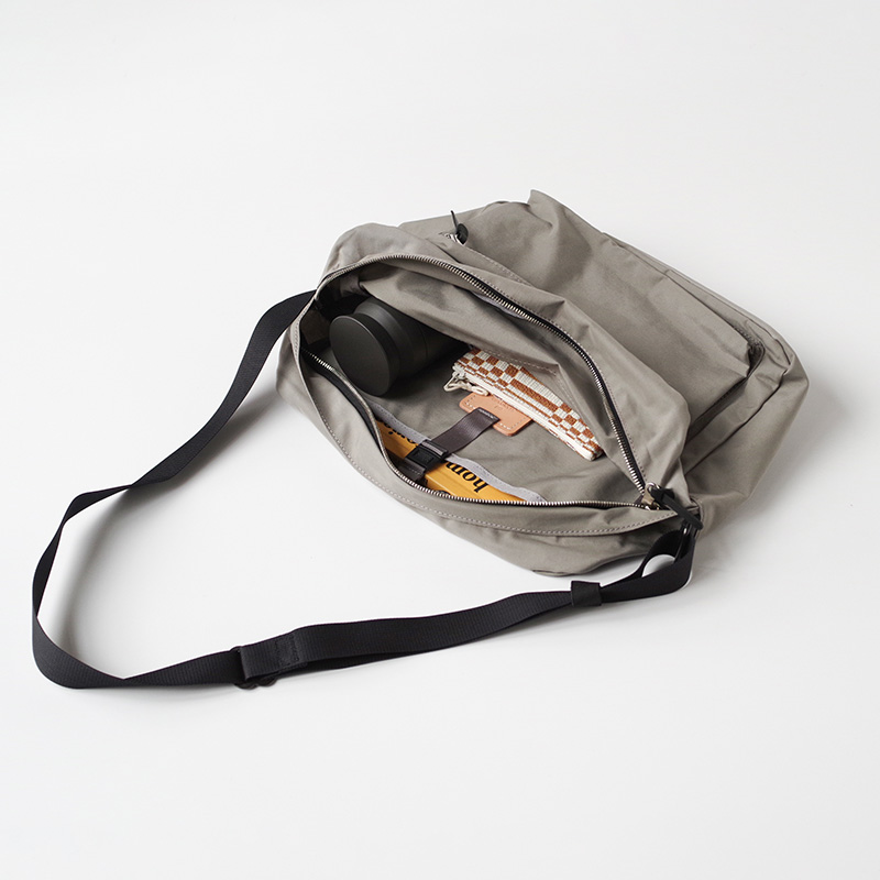 A4 shoulder LT limited/モカ