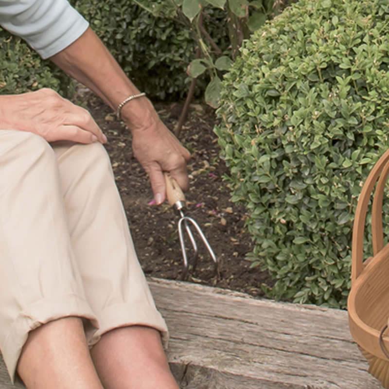 K&S ハンドツール 土ならし Hand 3 Prong Cultivator, Garden Life