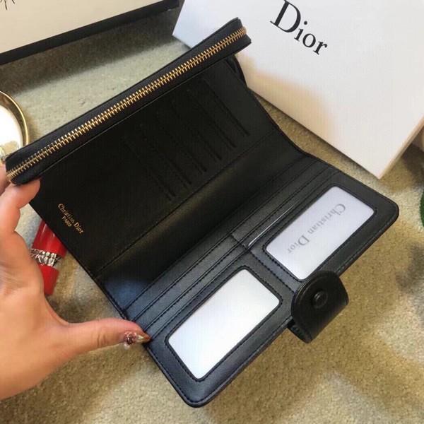 Dior ディオール  CD 長財布  サイズ: 19x10 【2021/02/01/*130】 商品コード:GEKIYASU L-004333