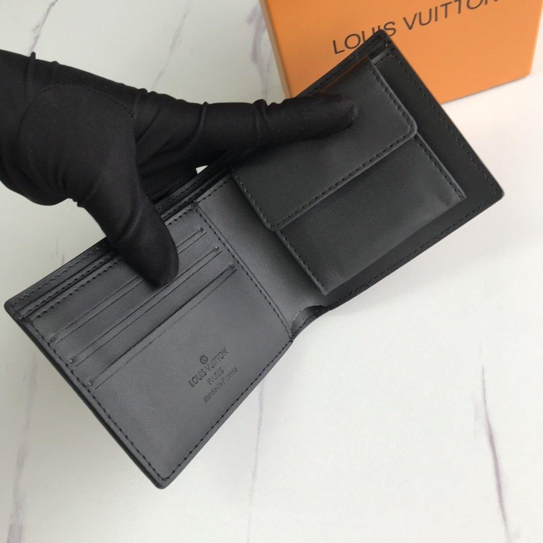 LOUIS VUITTON ルイヴィトン LV メンズ ★小銭入れ付き 二つ折り財布 10.5×10.5cm GEKIYASU A-0040