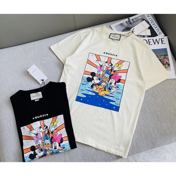 GUCCI グッチ   ディズニーTシャツ   男女兼用   2カラー サイズ: S~XL  【2021/02/19*70】 商品コード:GEKIYASU L-004351