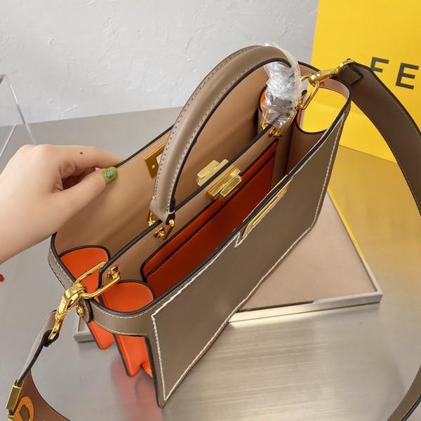 FENDIフェンディ   FF ピーカブーハンドバッグ  5カラー サイズ: 35x25 【2021/02/22*185】 商品コード:GEKIYASU L-004355