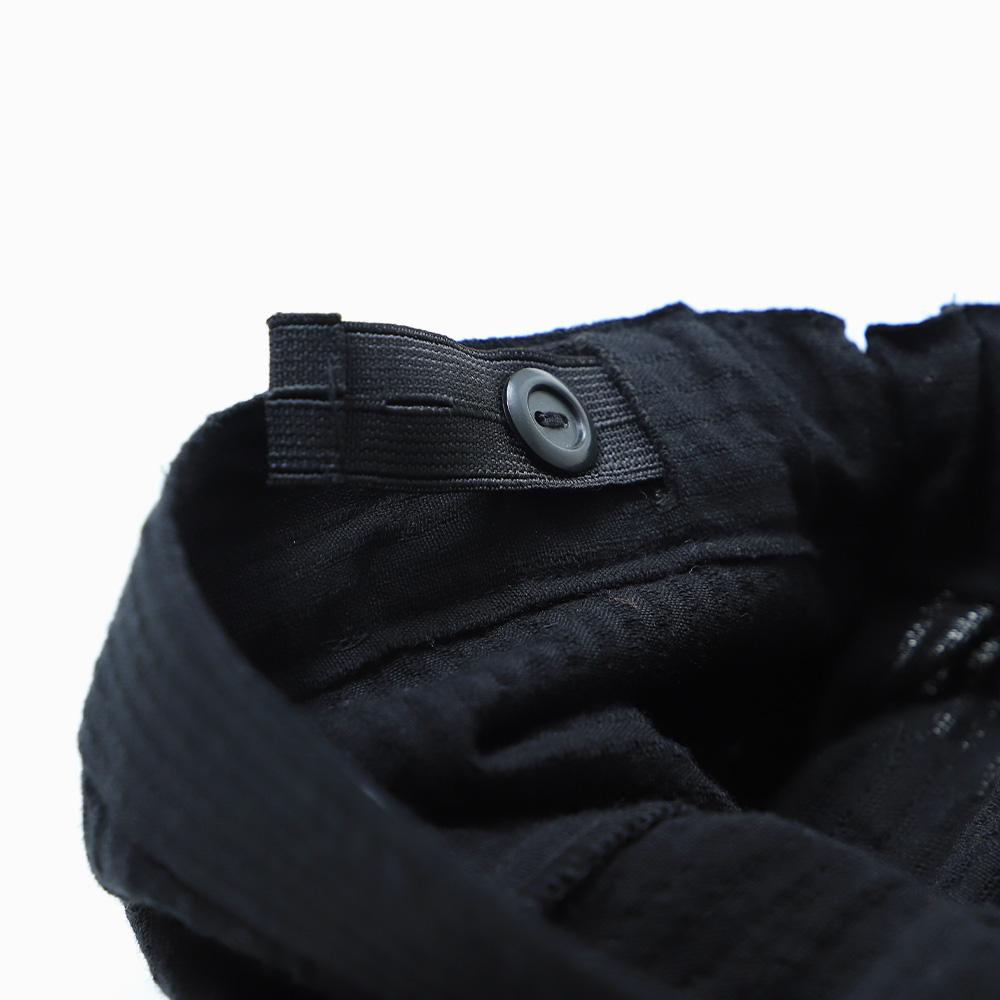 Side tuck Pants