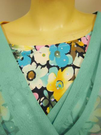 社交ダンス衣装 ブラウス ダンス衣装 ダンスウェア 打ち合わせ風花プリントトップス ライトグリーン系