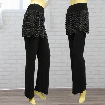ウエーブフリルオーバースカート付パンツは、ダンス衣装におしゃれに活躍!|31066