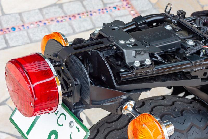 【3月10日入荷予定】Z2タイプLEDテールランプセット 《 Z900RSスライトリアフェンダー専用 》