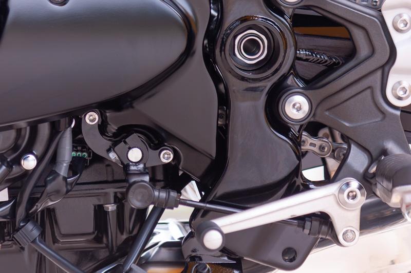 【3月10日入荷予定】 チェンジロッドリテーナー Z900RS ブラック
