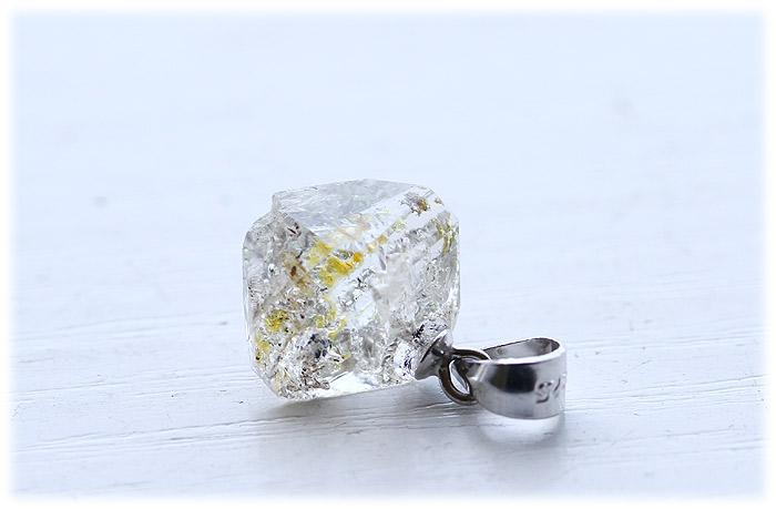 ペトロルインクォーツペンダント【Silver925】【石のサイズ13×10×9mm】02