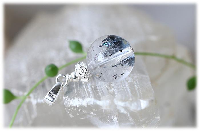ヘマタイトインクォーツチャーム【Silver925】【石のサイズ13mm】01