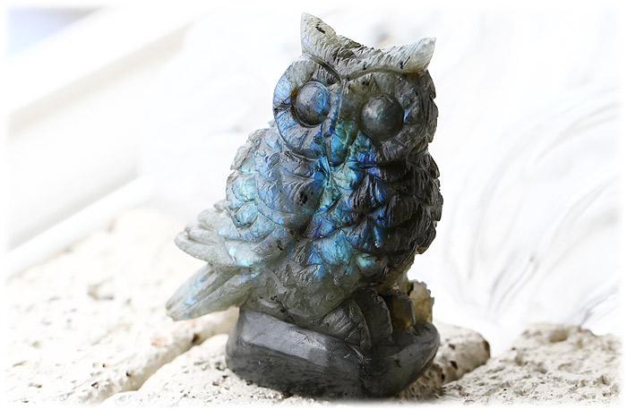 ラブラドライトフクロウ【石のサイズ72×55×35mm】10