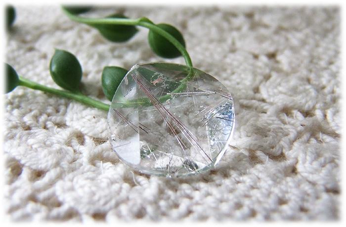 ルチルクォーツ六芒星【石のサイズ18×5mm】01