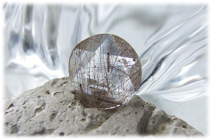ルチルクォーツ六芒星【石のサイズ18×5mm】03