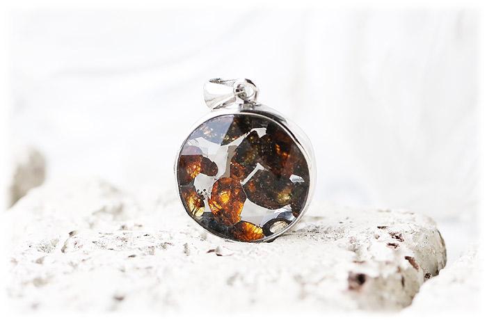 パラサイト隕石ペンダント【05】【クリスタル六芒星】【Silver925】石のサイズ15×7mm