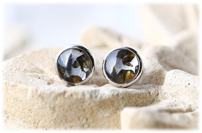 パラサイト隕石ピアス【Silver925】【石のサイズ8mm】01