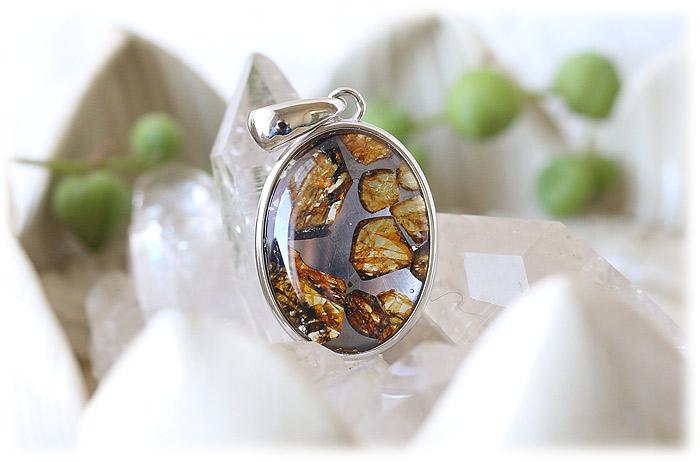 パラサイト隕石ペンダント【02】【オーバル型】【Silver925】石のサイズ21×17×5mm