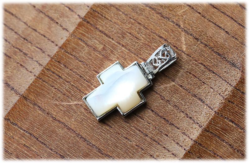 シェルクロスペンダント【01】【Silver925】石のサイズ16×12×4mm