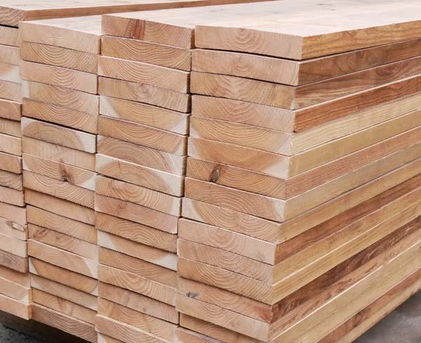 中古足場板プレミアムLLサイズ16枚1セット・送料別途お見積商品  約200mm×約35mm×長さ1900mm  材質 国産スギ