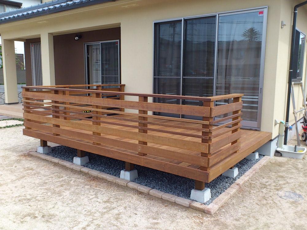 4055×1230mm SS-32 床板:縦張  人工木より強いウリン材利用のキットデッキ!【日本製】