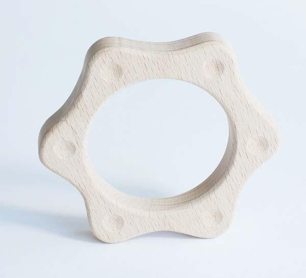 【木製玩具】【木のおもちゃ】 赤ちゃん にぎにぎ・星