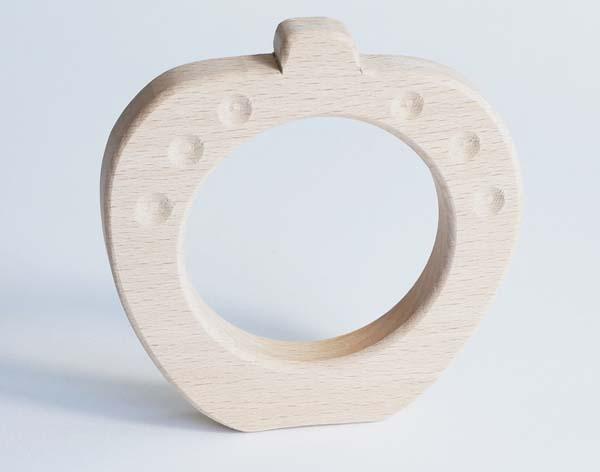 【木製玩具】【木のおもちゃ】赤ちゃんにぎにぎ・りんご