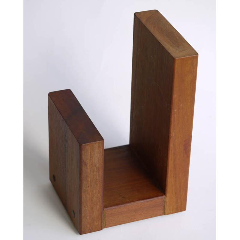 ブックエンド・エンド  木製本立 重さ約1.6Kg  材質アイアンウッド  220×114×135ミリ 国内製造