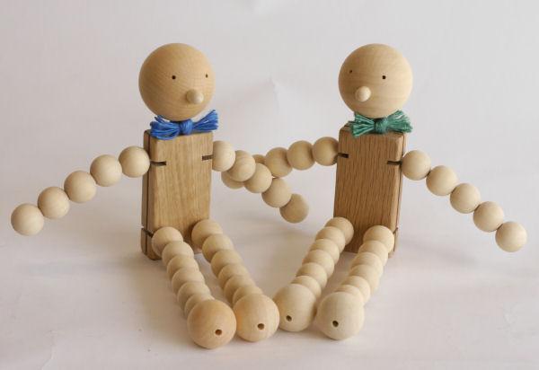 【木製玩具】【木の人形】 タマコロファミリーL