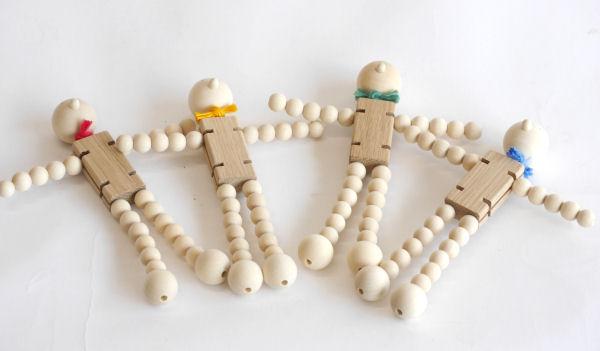 【木製玩具】【木の人形】 タマコロファミリーS
