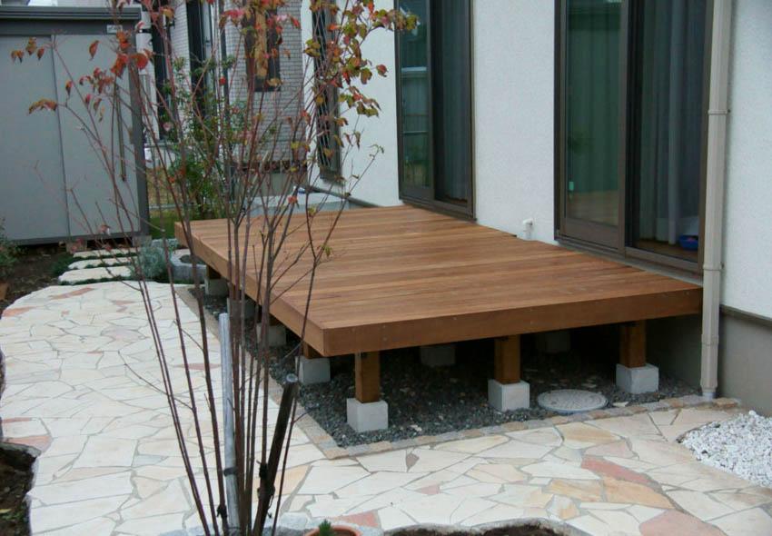 2305×1230mm SS-18 床板:縦張  人工木より強いウリン材利用のキットデッキ!【日本製】