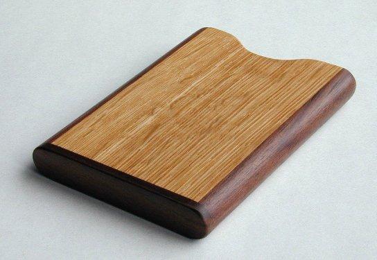 【木製文具】【木の名刺入】 名刺ケース 縦型